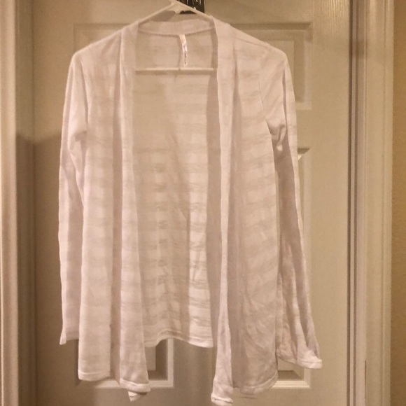 75% off Michelle Sweaters - Sheer/White Cardigan from Sydney's ...